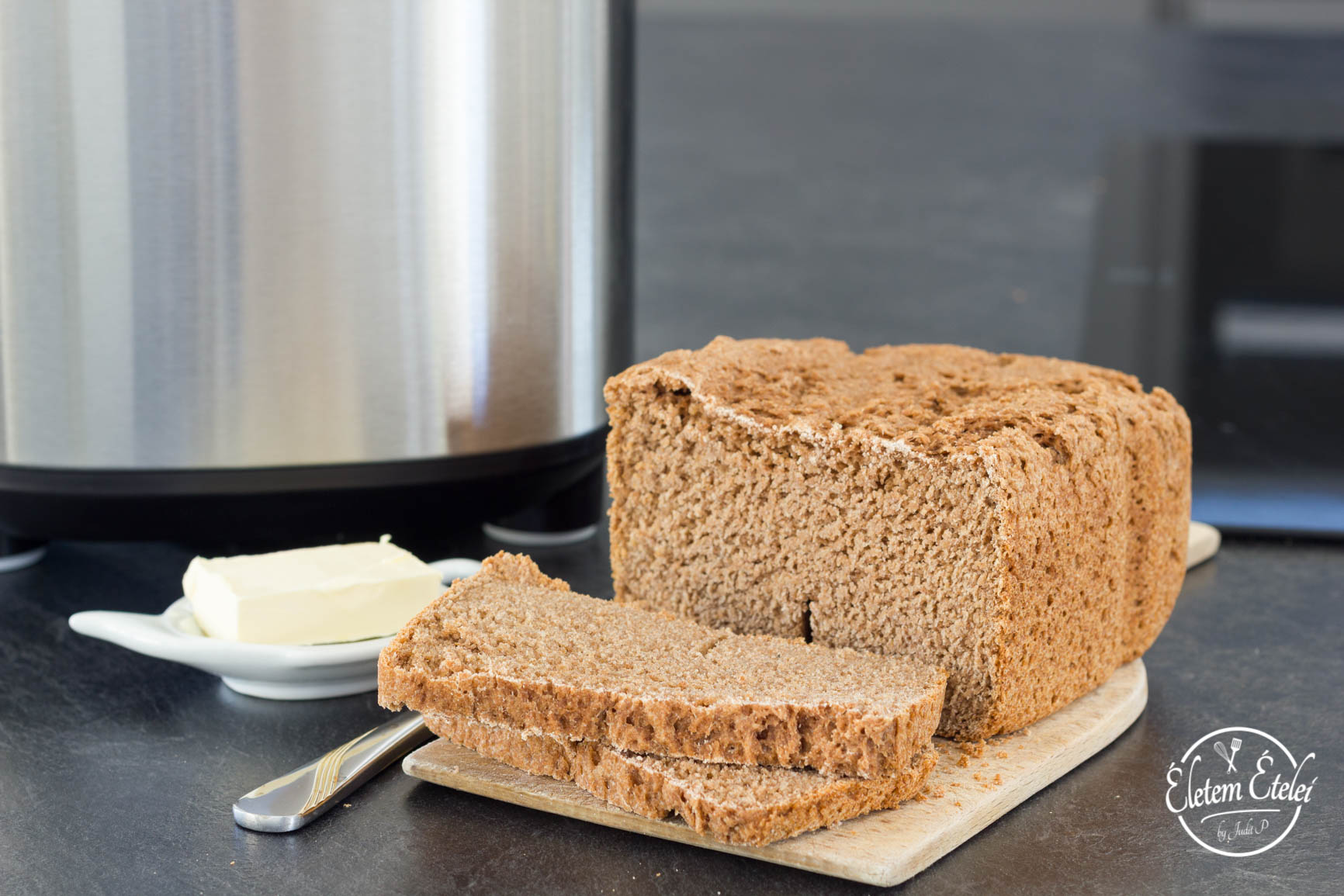Teljes kiőrlésű kenyér házilag