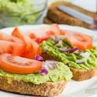 Brokkolikrém - vitaminbomba a reggeli pirítósra