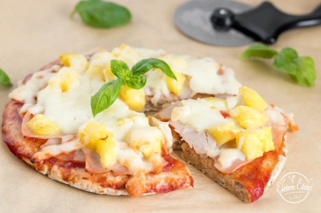 Hawaii pita pizza